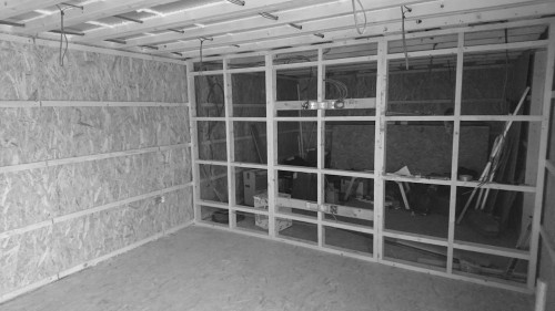garden office with partitions