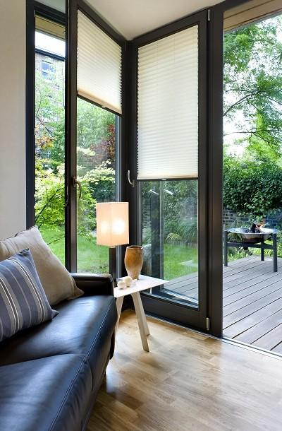 Windows and doors in a Solo garden studio