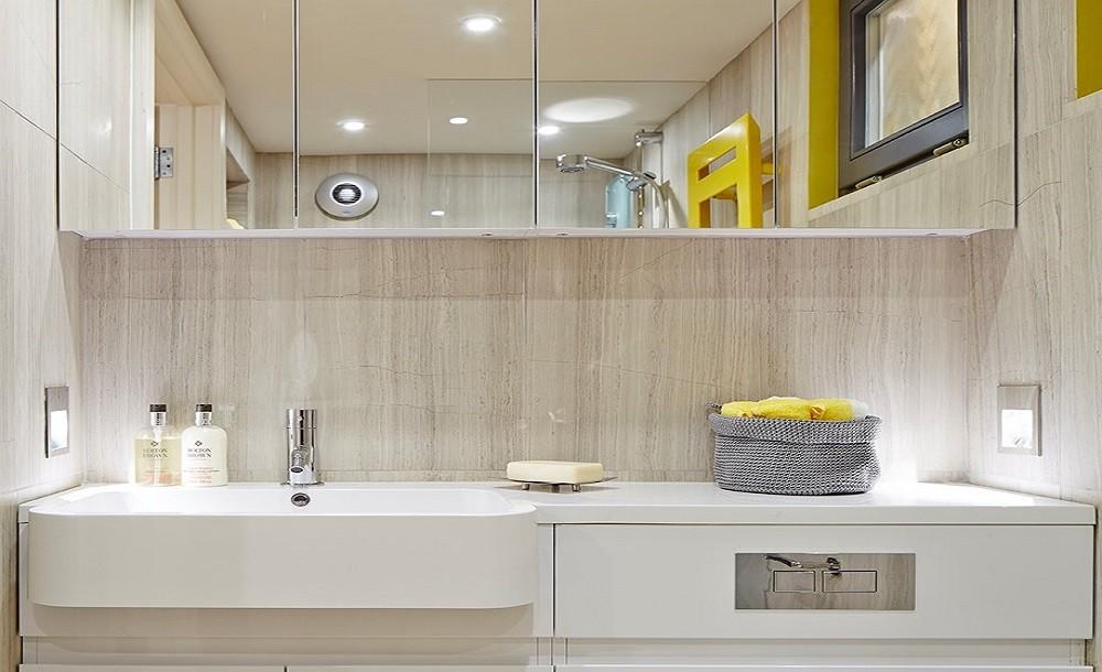 Standard wet-room design for garden rooms