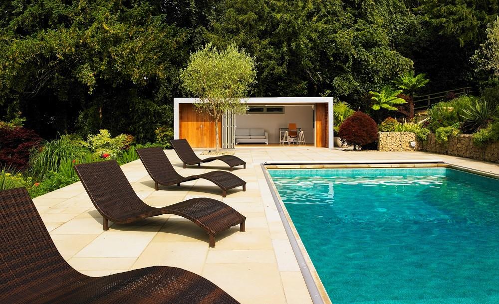 Poolside garden studio cladded in Western Red Cedar