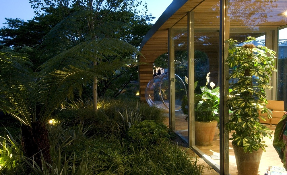 Chelsea bespoke garden studio with bubble chair