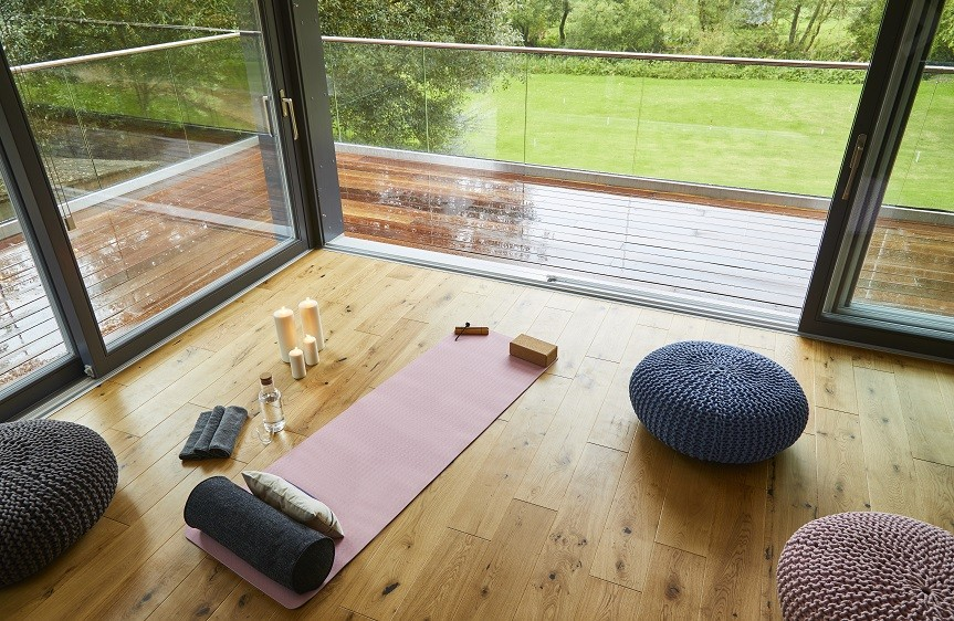 relaxing yoga garden studio in Stonehenge