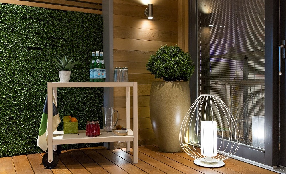 Outdoor lights and furniture