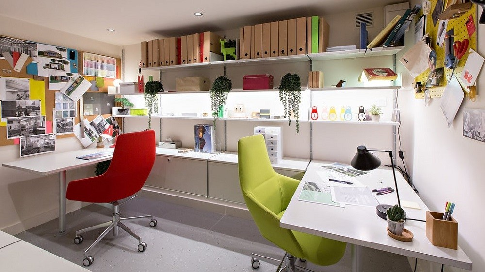 Rooms Outdoor showroom office London