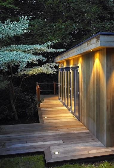 Bespoke garden fitness studio wih deck
