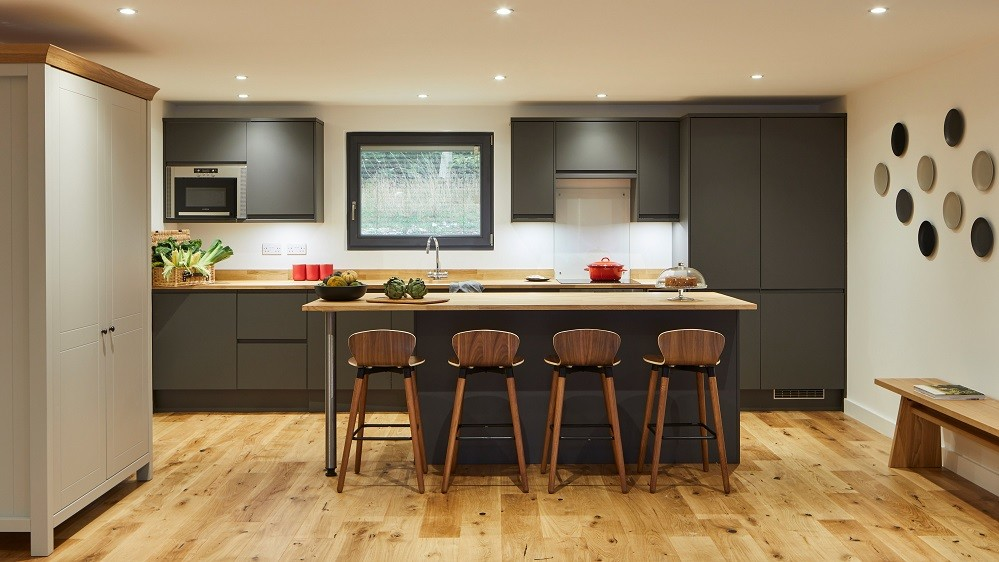 Bespoke contemporary kitchen for a garden annexe