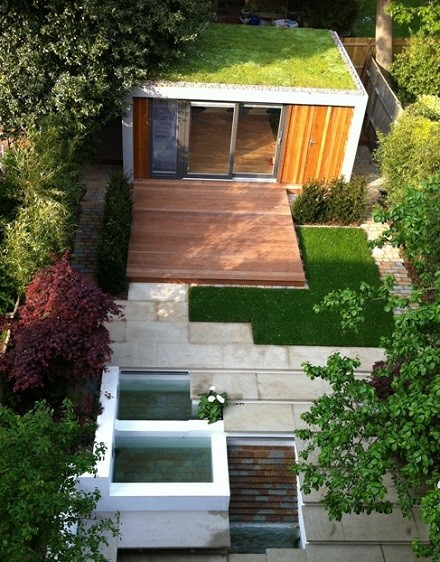 Green roof for a Cuberno garden room