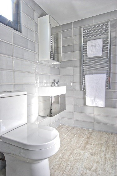 Garden room bathroom design