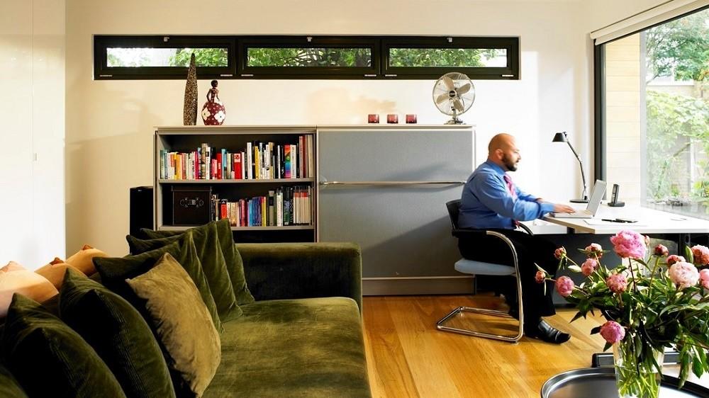 London garden office interiors