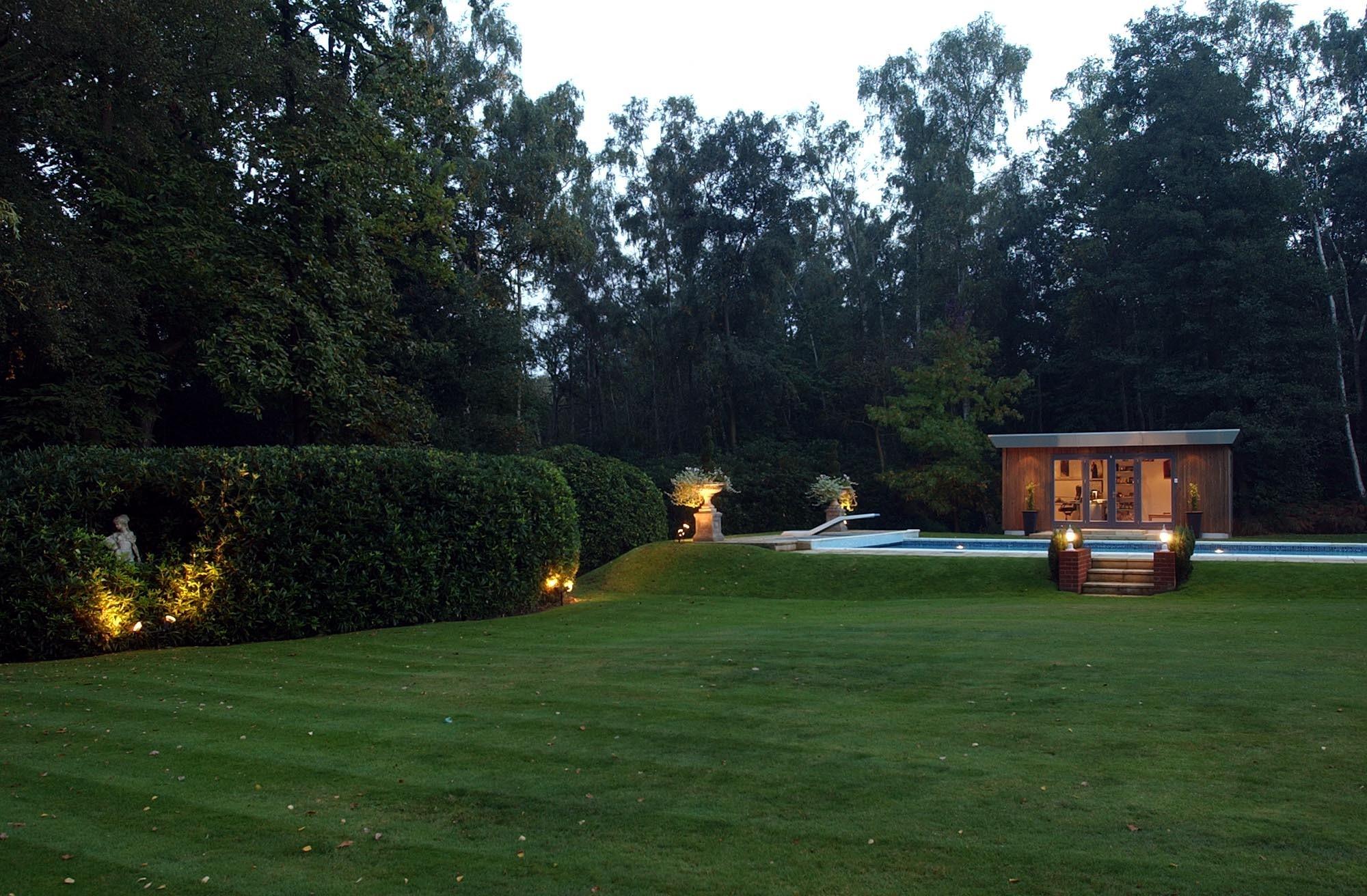 Moderno luxury garden room in landscaped garden