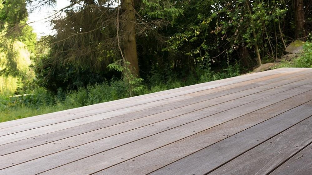 Yellow Balau deck for a garden room in Derbyshire