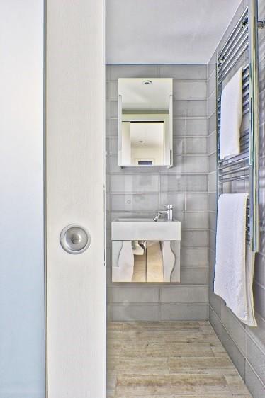 Garden annexe shower room in Otford