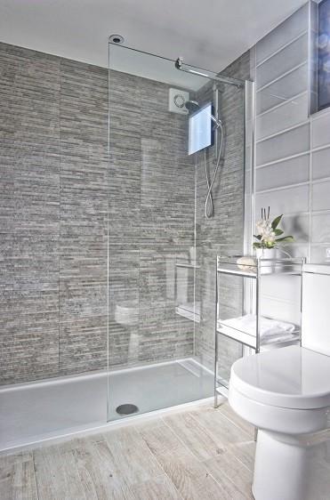 Bespoke shower room for a garden annexe in Otford