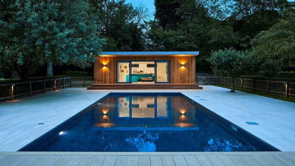 Pool side room with swimmingpool